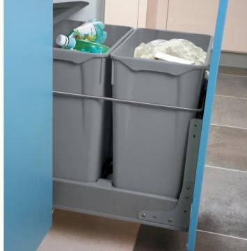 Kit de fixation sur porte pour poubelle 550 et 551